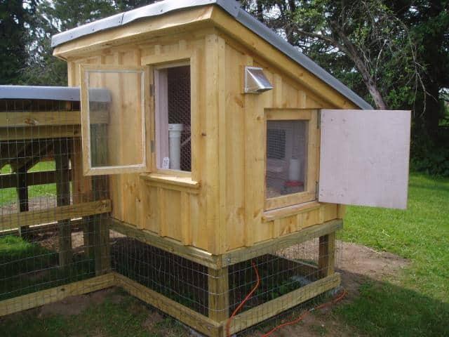 chicken coop door design