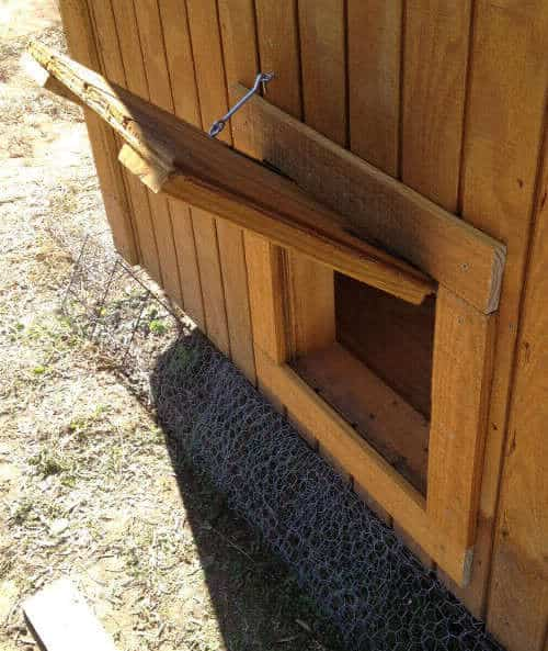 chicken coop door designs